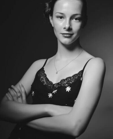 Beatrice Payne (Bea)